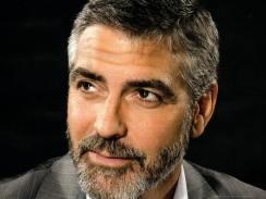 George-Clooney looks like Rog